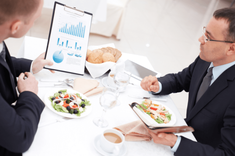How to eat well: definitive guide for business travelers