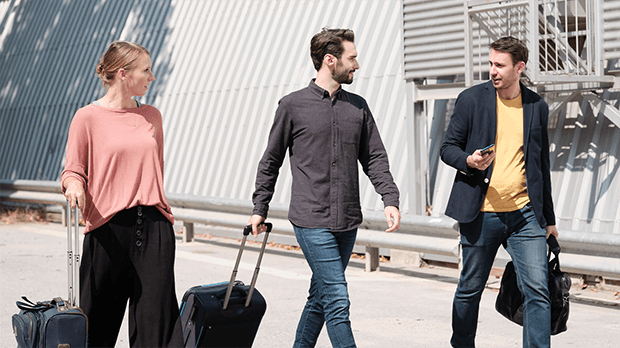 Cómo escoger tu solución de viajes corporativos – agencia vs plataforma de gestión de viajes