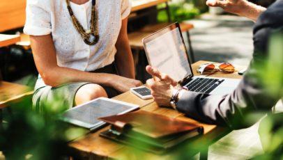 Weshalb es für kleine und mittlere Unternehmen nun an der Zeit ist, Daten zu Geschäftsreisen zu sammeln
