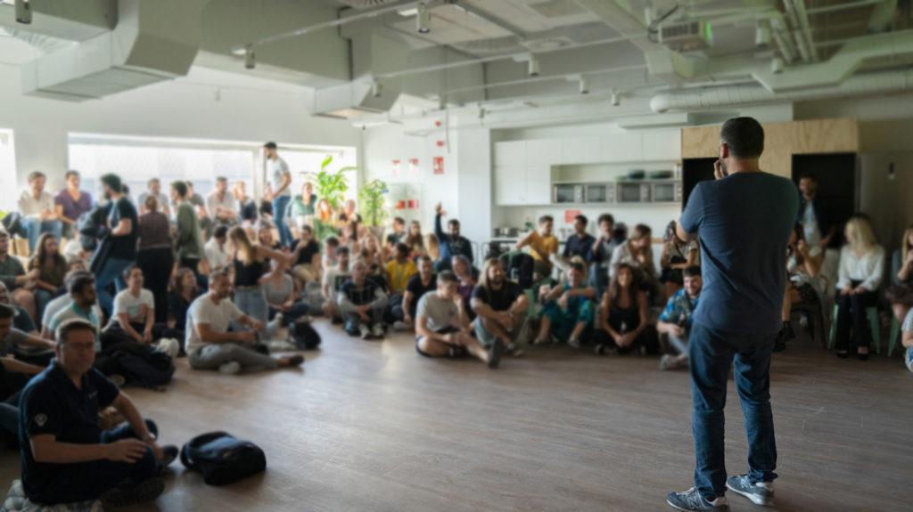 Teamwork startup meeting