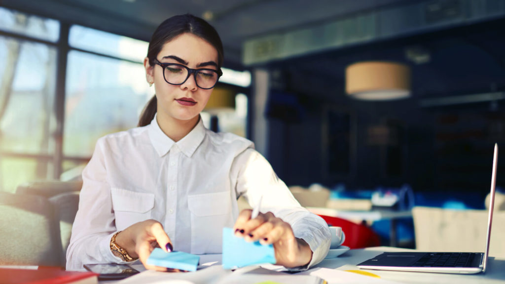 Expert tips & tricks on how to be a successful executive assistant