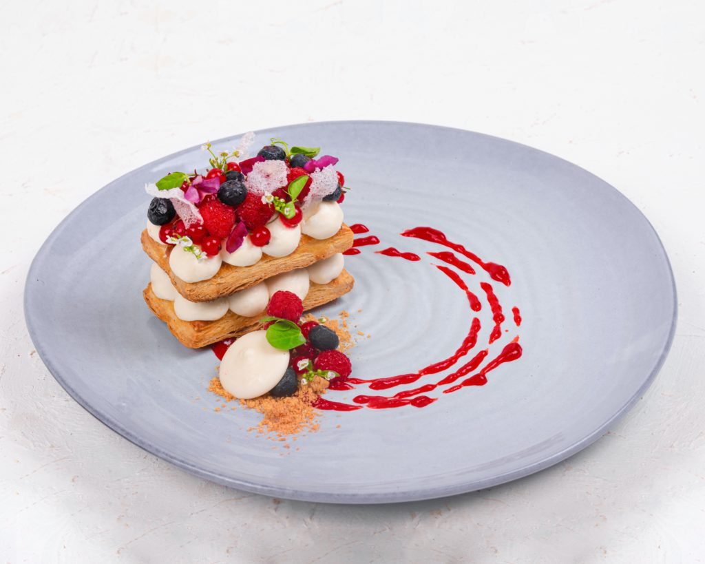 Millefeuille dessert plate