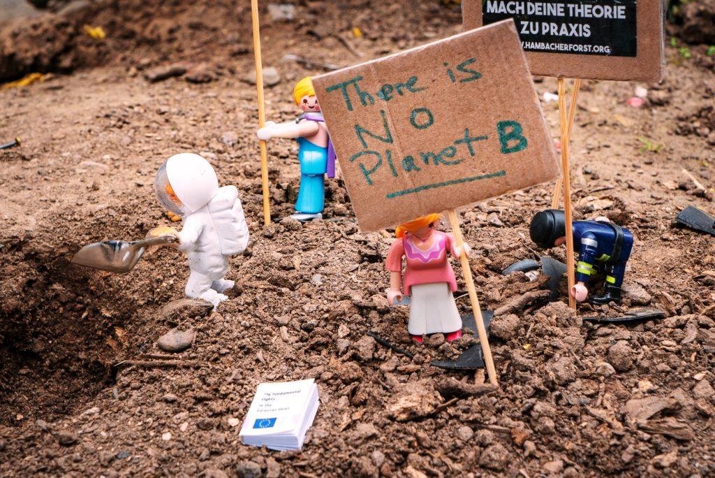 No planet B legos