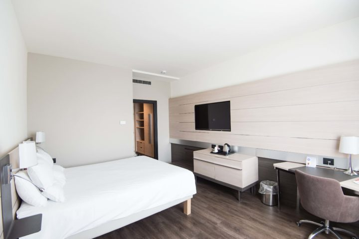How to cancel non-refundable hotels