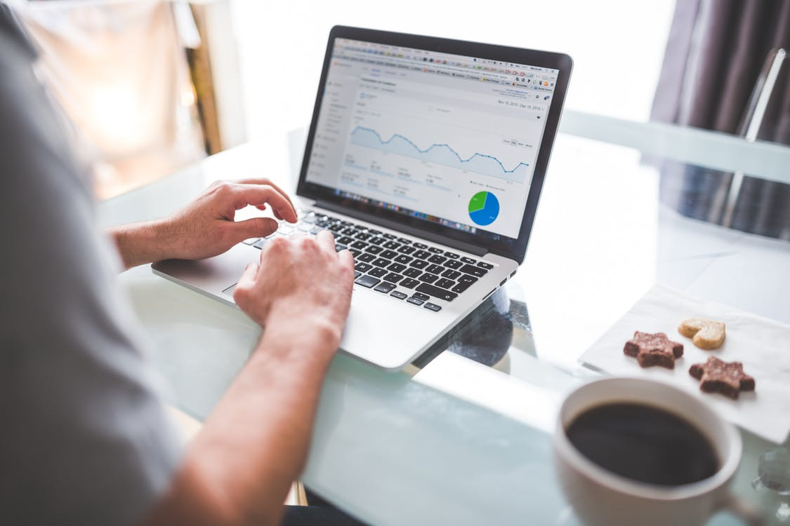 Insightful analytics to improve business travel