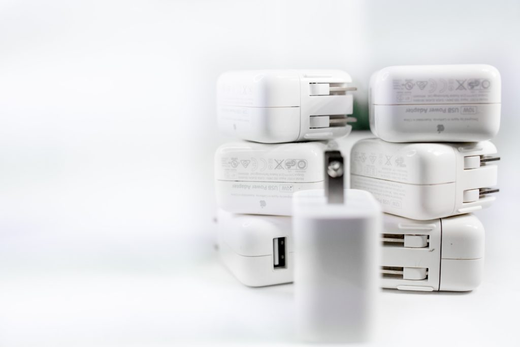 White chargers US