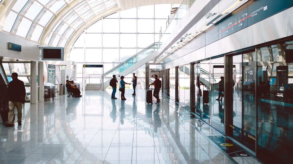 Top 8 airport tips for business travelers to avoid the chaos