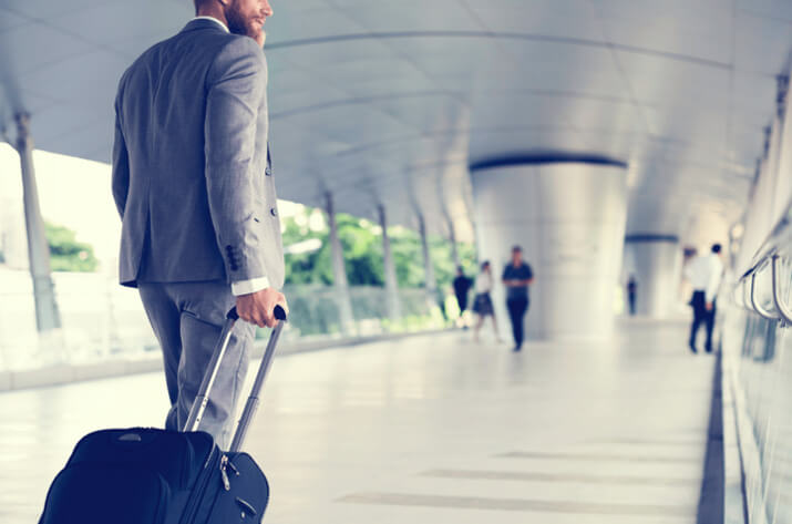 8 Gadgets every business traveler should have