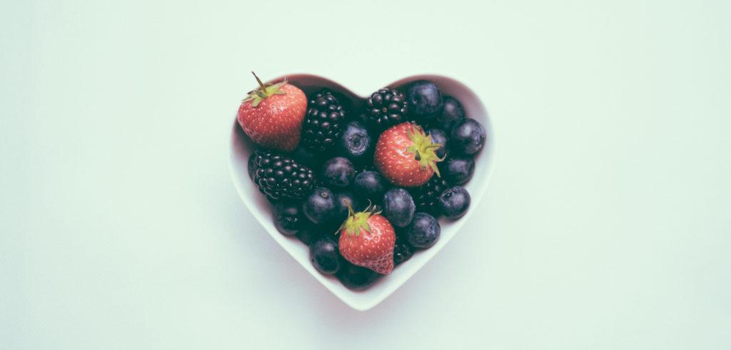 Yummy fruit heart bowl