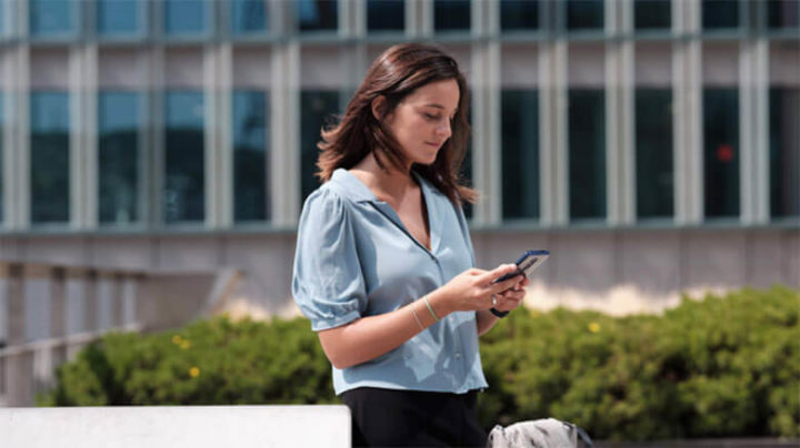 How a virtual travel assistant should manage your travel